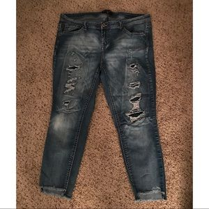 Almost Famous size 16 Distressed Cropped Skinnies